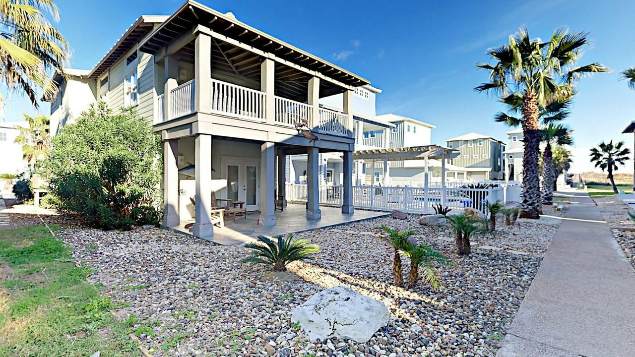 port a beach house rental