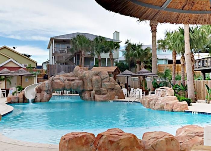 heated shared pool in port aransas condo complex