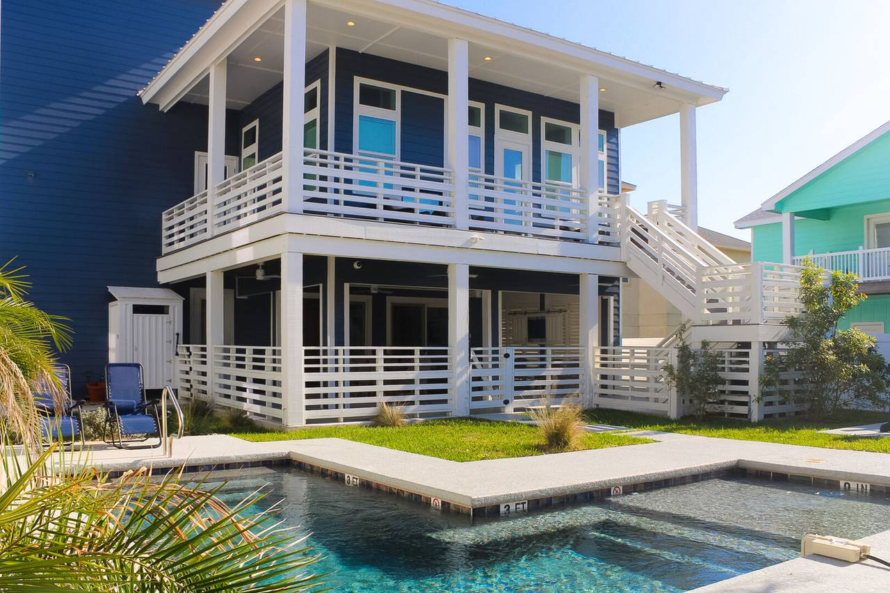 A Port Aransas vacation rental with a private pool